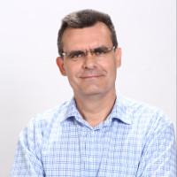 Dr. Váczi István